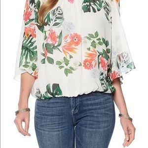 Vince Camuto Havana tropical batwing blouse